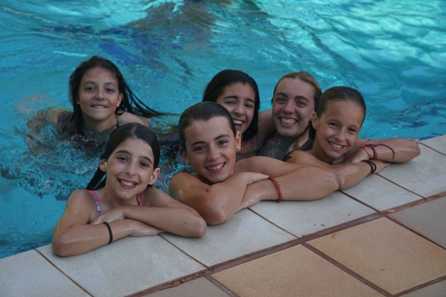 swimming-pool-time-poblet-2016