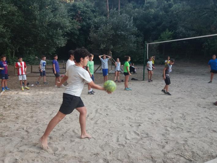 volleyball-poblet-campamentos-inglés-2018.jpg