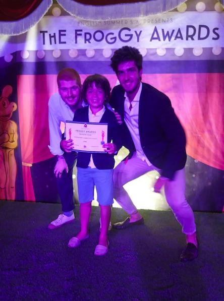 froggy award-campamento