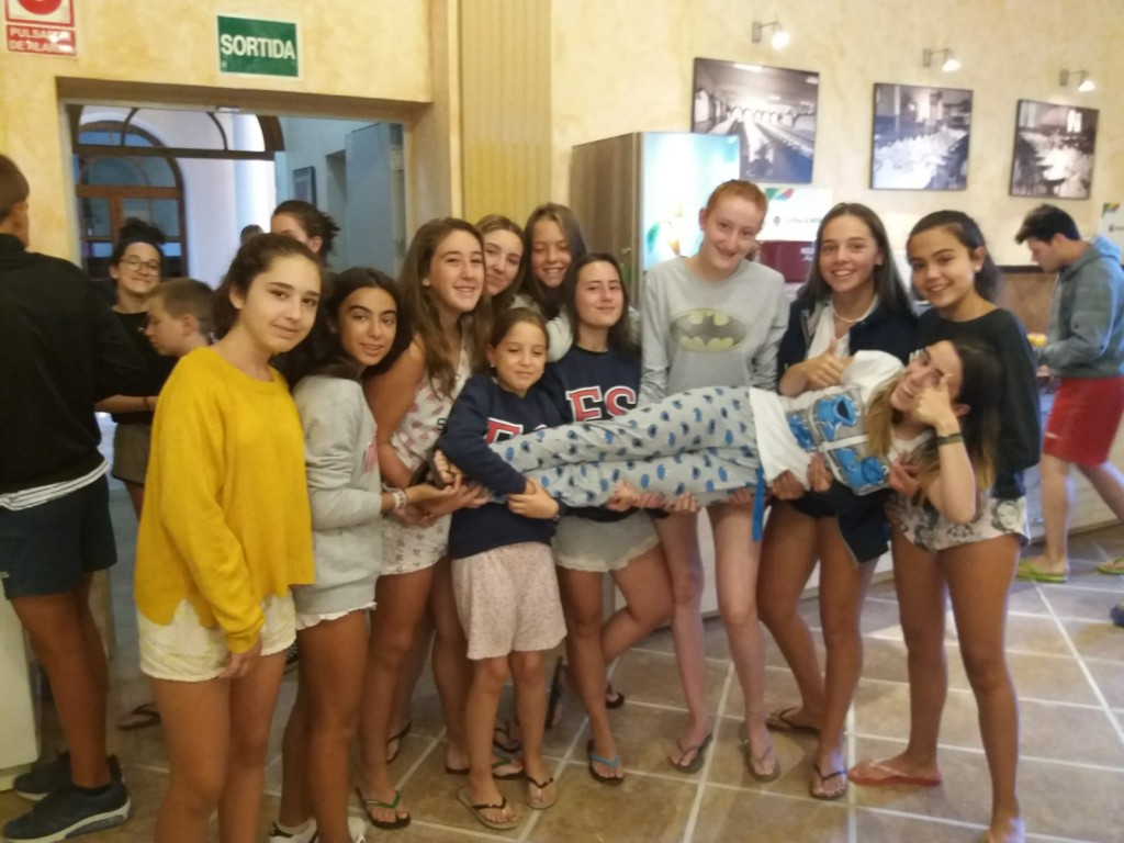 pyjamas-breakfast-campamentos-ingles