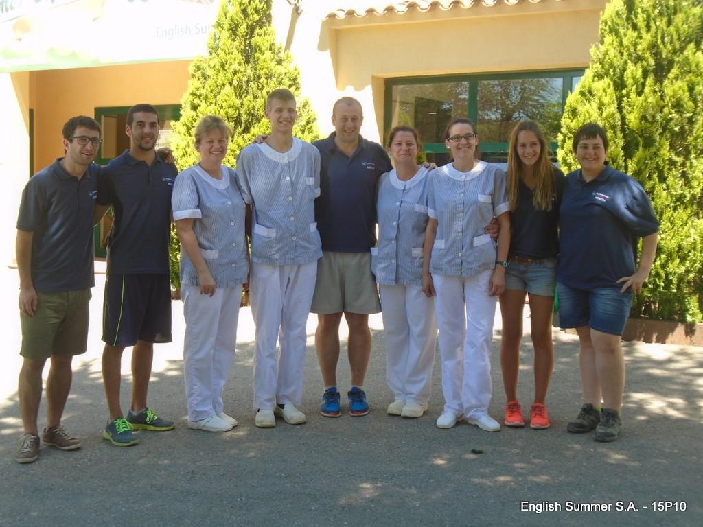 equipo-limpieza-campamentos-ingles-2015