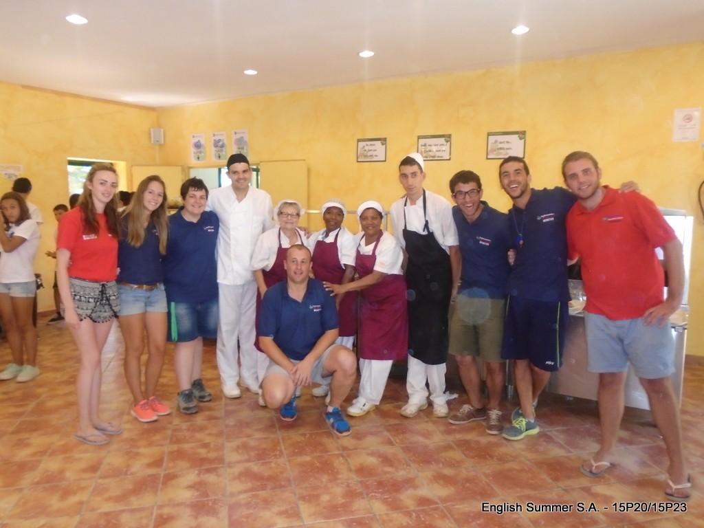 equipo-cocina-campamentos-ingles-2015