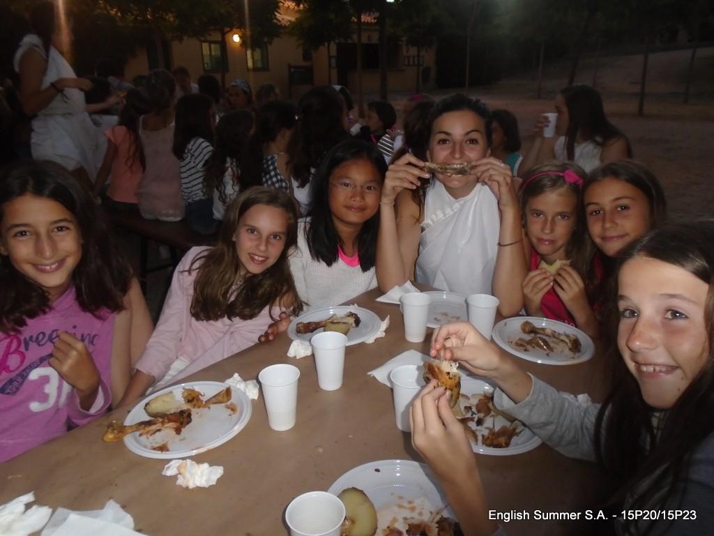 comida-exterior-campamentos-ingles-2015