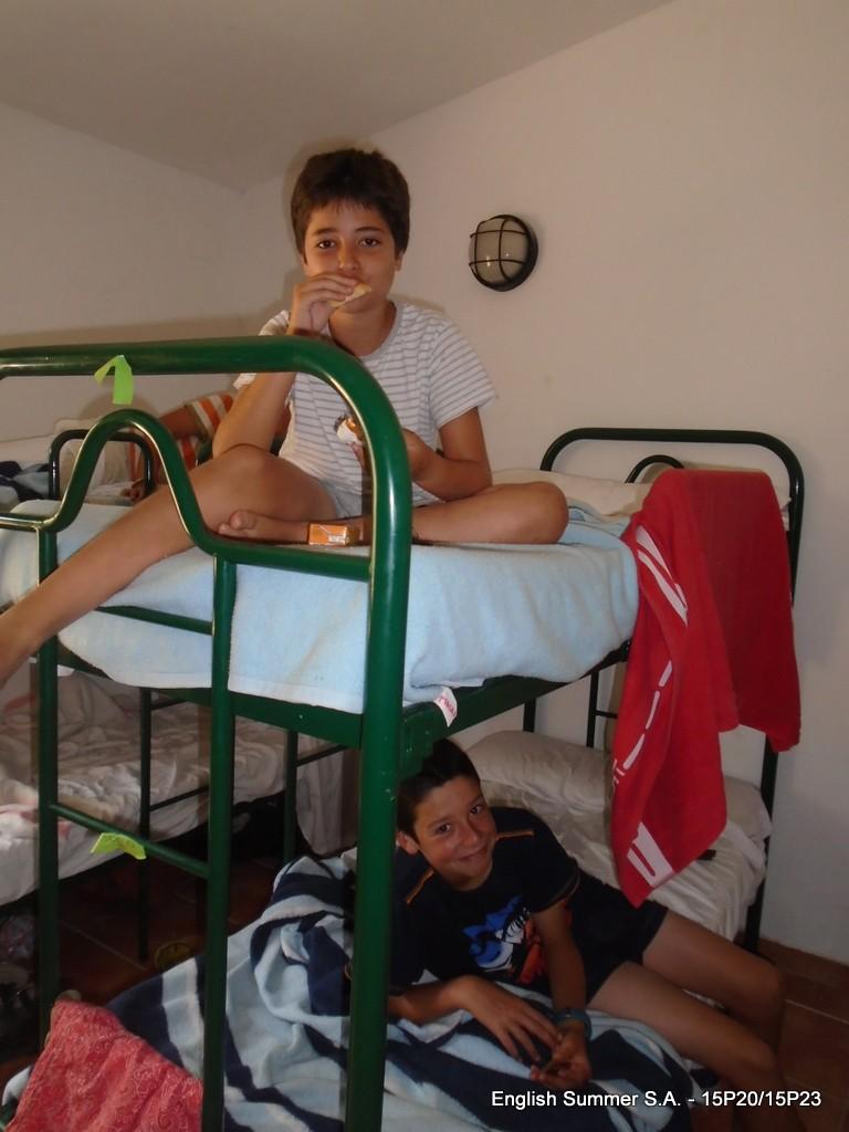 breakfast-in-bed-campamento-verano-2015