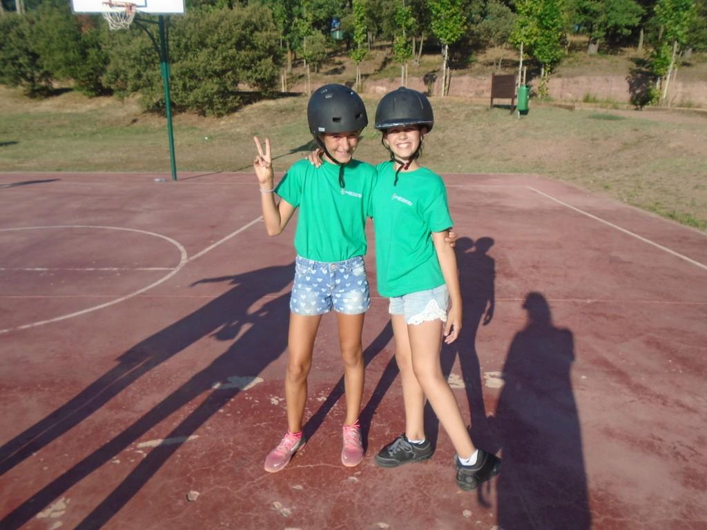 clubs-skates