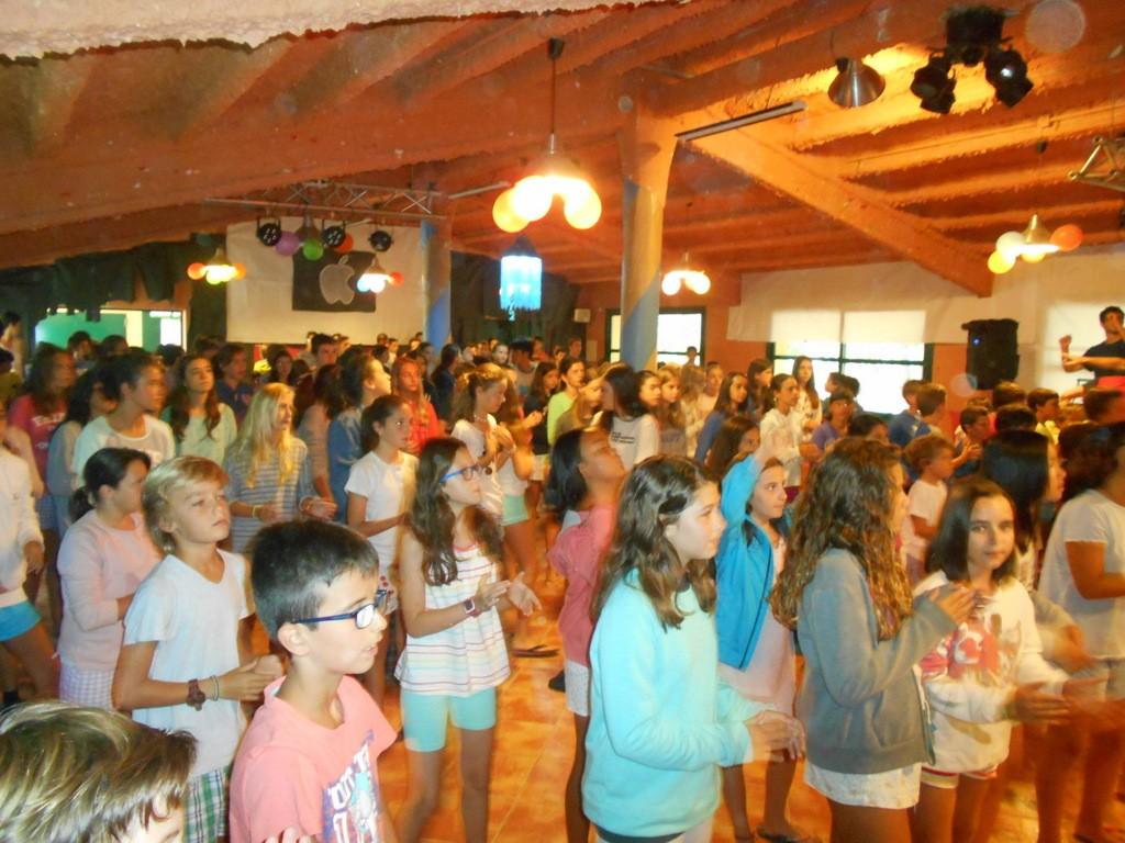 pijama-party-campamento-verano-2015