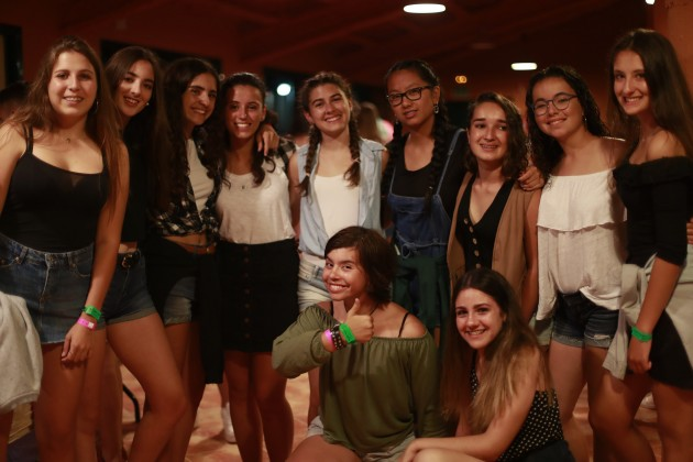 far west teenagers