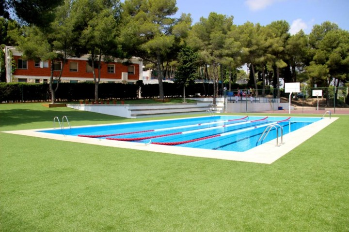 piscina tamarit
