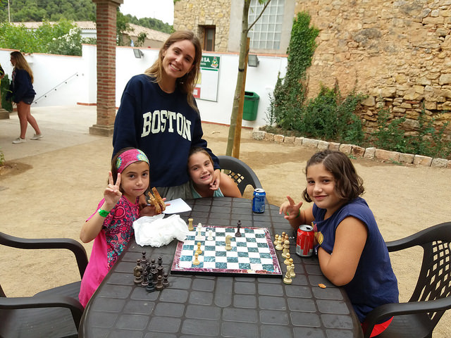 playing-chess-in-vallclara