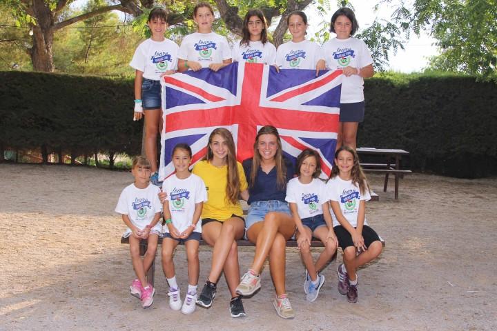 staff-bandera-ingles-tamarit-niños