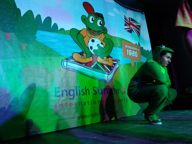 froggy-campamento-english
