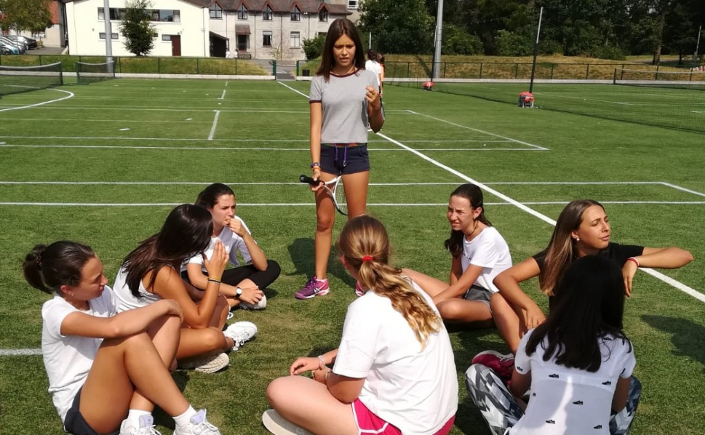 cursos-idiomas-extranjero-kilkenny-tennis