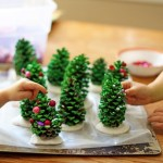 kids-christmas-crafts-tree-min